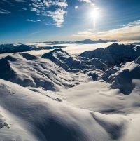 Silvertip Heli-Skiing